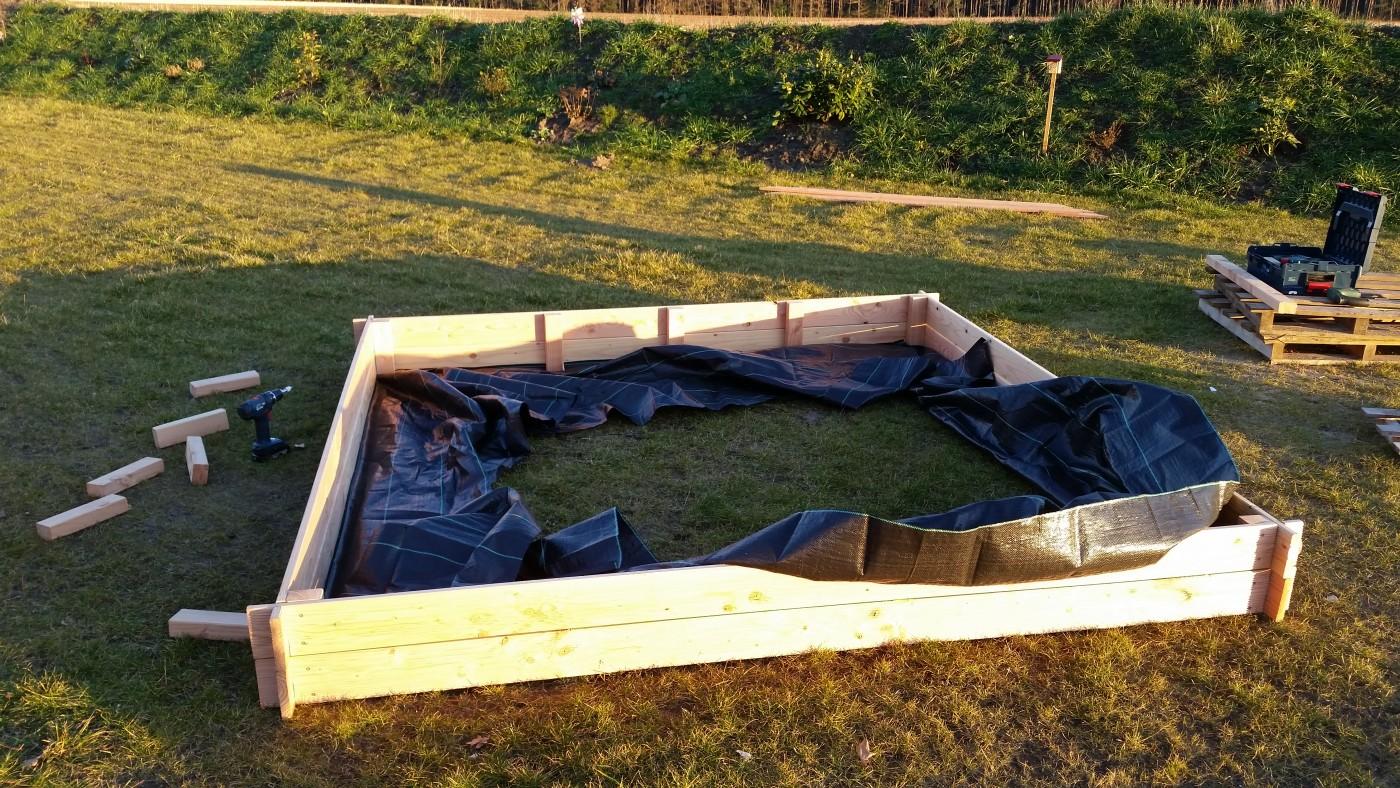 sandkasten selber bauen eine anleitungbaublog von saskia alexander. Black Bedroom Furniture Sets. Home Design Ideas
