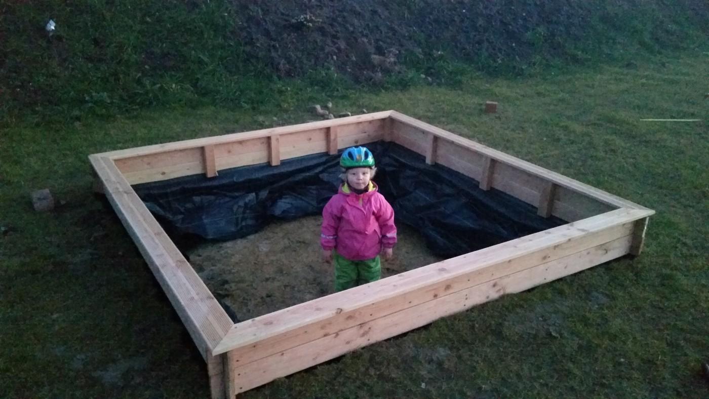 sandkasten selber bauen - eine anleitungbaublog von saskia & alexander
